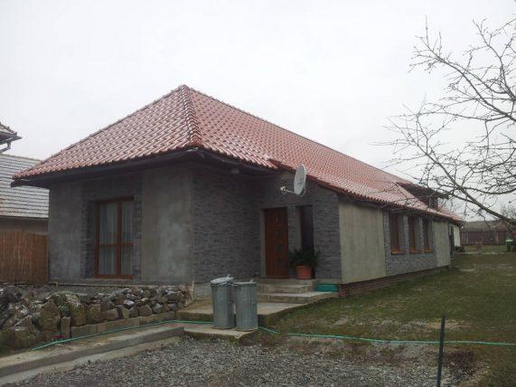 Keramická strešná krytina Röben monza plus medená engoba - realizácia strechy