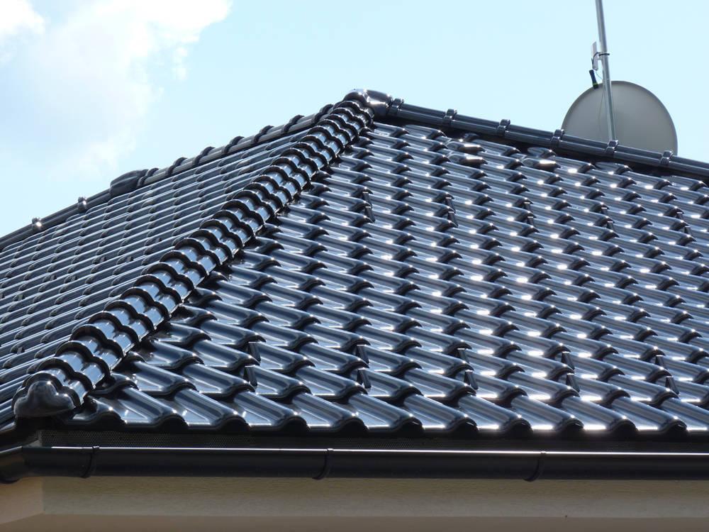 Keramická strešná krytina Röben monza plus tobago glazúra - realizácia strechy hrebenáč
