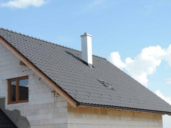 Realizácia strechy s keramickou škridlou Röben Piemont Antracit