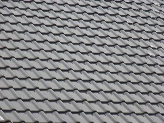 Keramická strešná krytina Röben piemont titan - realizácia strechy - detail