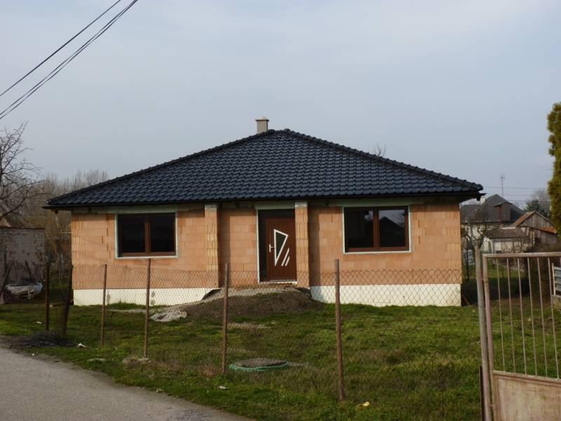 Keramická strešná krytina Röben piemont tobago - realizácia strechy