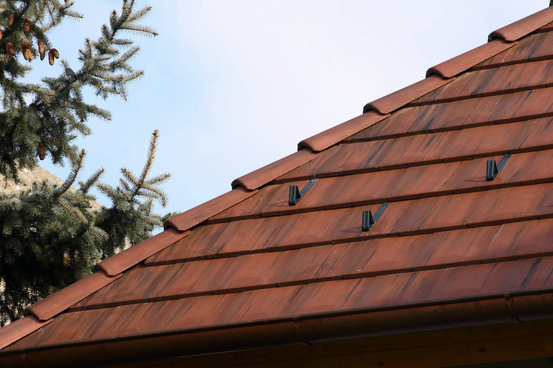 Betónová strešná krytina Terran Zenit antická červená - realizácia strechy