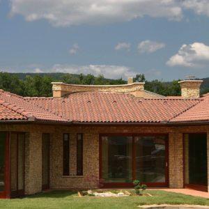 Betónová škridla Terran Coppo antická červená - realizácia strechy