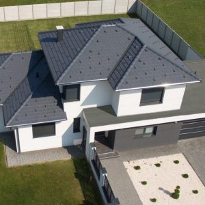 Strecha s betónovou strešnou krytinou Terran Zenit EVO Grafit