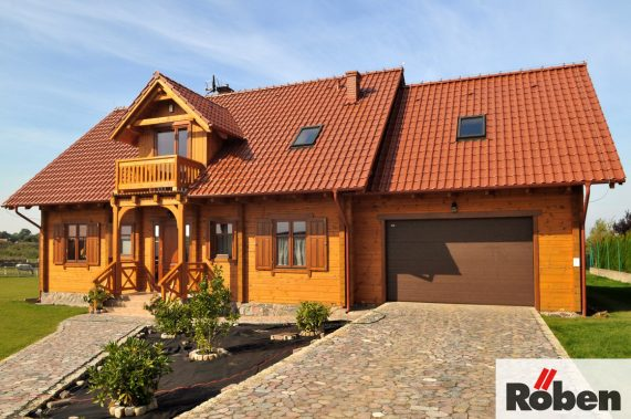 Realizácia strechy s keramickou škridlou Röben Monza plus medena engoba