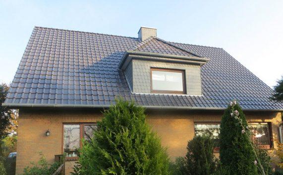 Realizácia strechy s keramickou strešnou krytinou Röben Piemont Grafit